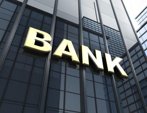 Ξεκινούν μαζικά «κουρέματα» οφειλών έως 85% από τις τράπεζες